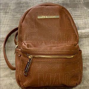 Steve Madden Minnie backpack